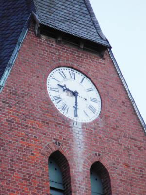 Die Uhr der Matthäuskirche
